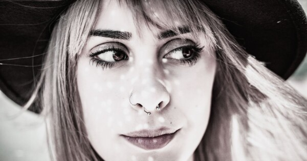 girl-with-nose-ring