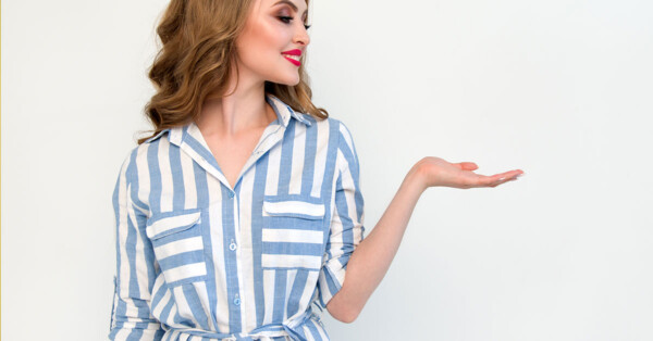 5 Reasons Why Clean Beauty Products Are The Best - woman holding her hand out