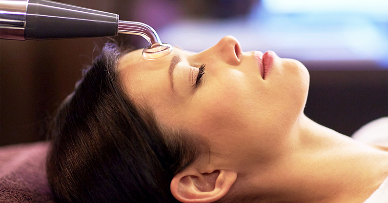 Best At Home Hydrafacial Alternatives Woman Hydrafacial Treatment