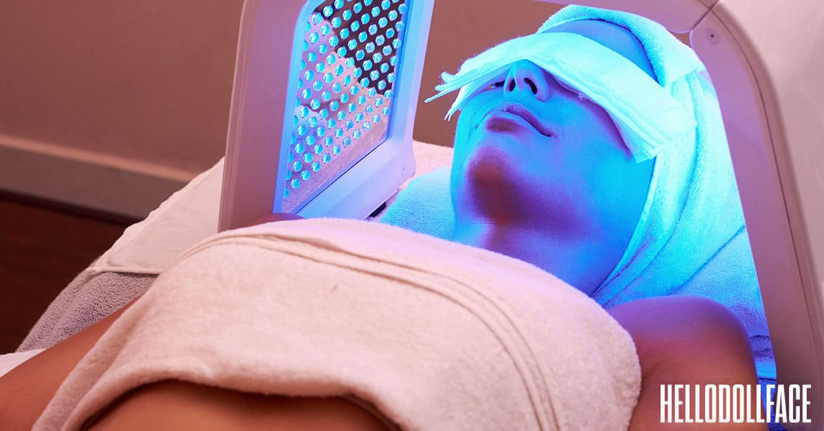 Best Serum To Use With Led Light Therapy Woman Laying Under Light Therapy Lamp