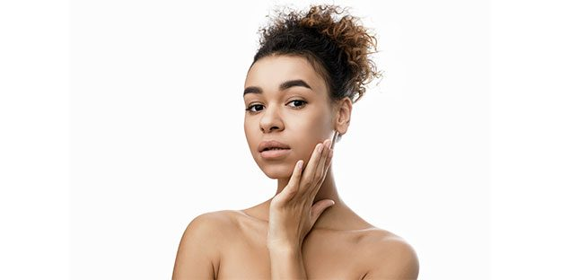 natural-skin-care-products-natural-face-moisturizer-girl-touching-her-face
